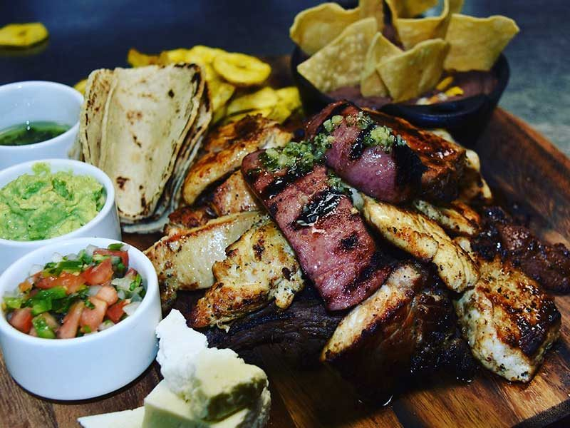 Spanglish-Cayman-Meals